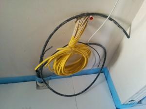 Kabel für Telefon und Netzwerk